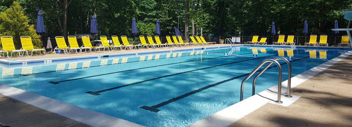 Holmes Run Pool